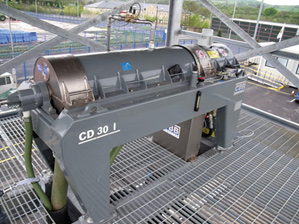 CD30 decanter centrifuge install with open mesh flooring